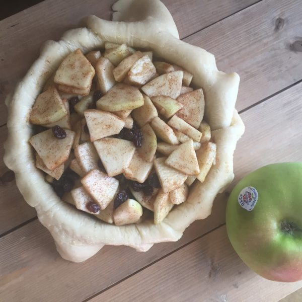 Gluten-free Bramley apple pie
