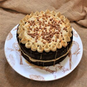 Sticky toffee cake gluten-free baking kit
